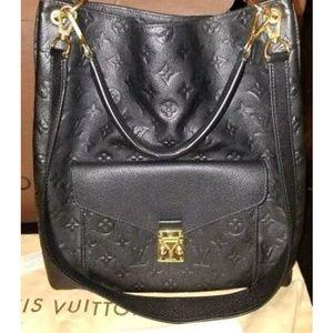Louis Vuitton Metis Shoulder Bag